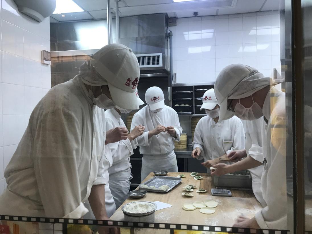Masters at work at Din Tai Fung.